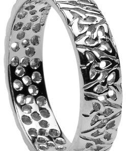 trinity knot celtic ring