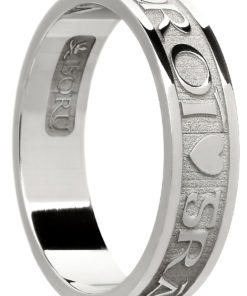Sterling Silver 'Gra Geal Mo Chroi' Band