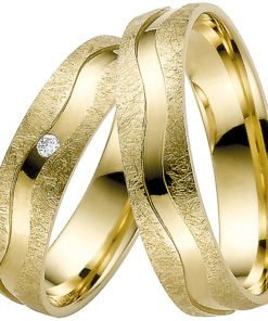 Yellow Gold Wedding Ring with Ice Matt & Polished Groove