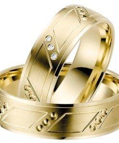 yellow gold wedding ring