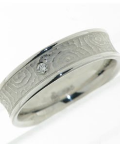 Ladies Modern Wedding Ring